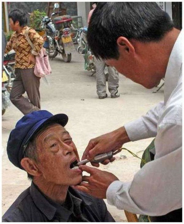 Street Dentists Of India and China