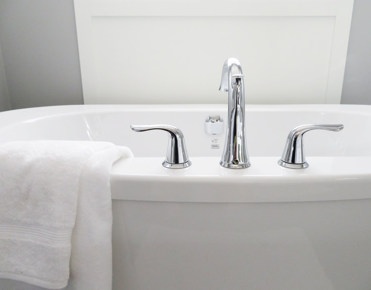 Buy the Best Sanitary Ware from Aquatica